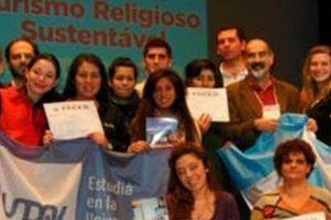https://congresoturismoreligioso.com/wp-content/uploads/2019/12/Apucarana-2013.-Estudiantes-universitarios-300x200.jpg